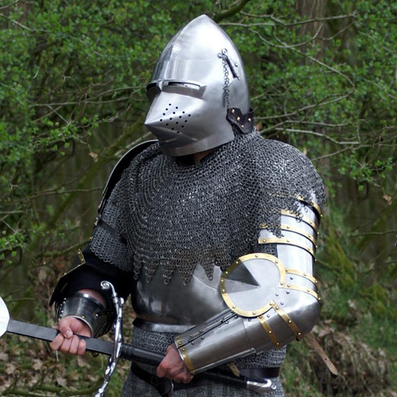 Brazos de armadura con hombreras Churburg The Time Seller